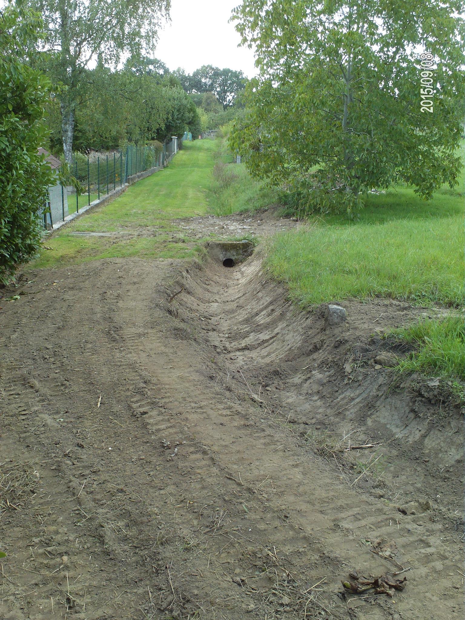 Récurage du fossé chemin des Thiberts
